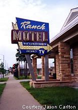 Roadside peek roadside motels midwest 6 for Carlton motors greenville sc