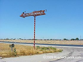 Crest Drive In Entrance Sign Photo By Roadsidek