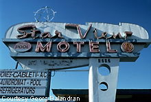 Roadside Peek : Googie Central :  architecture 60s roadside preservation
